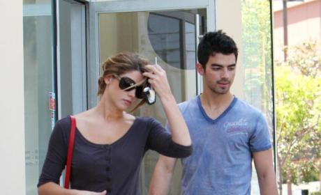 Spotted Together: Ashley Greene and Joe Jonas!