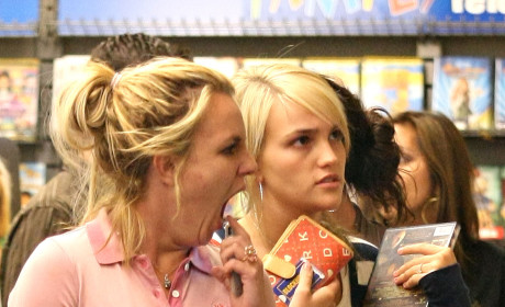 Jamie Lynn Spears, Casey Aldridge Runnin' Errands