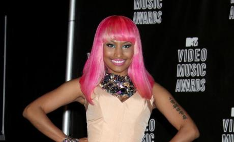 Who looked better at the VMAs, Nicki or Jenna?