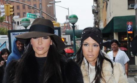 Kim and Kourtney Prepare to Take New York City