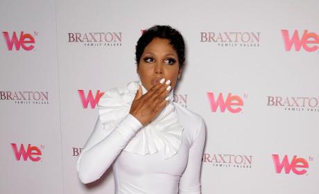 Toni Braxton: $10-50 Million in the Hole