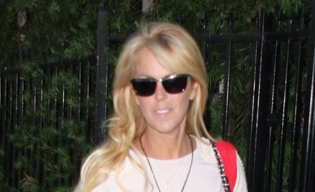 Dina Lohan: Lindsay is a Different Person!