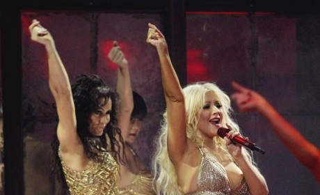 Halle Berry and Christina Aguilera: When Pregnant Boobs Collide!