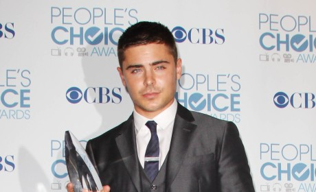 People's Choice Awards Fashion Face-Off: Zac Efron vs. Neil Patrick Harris