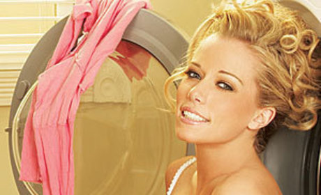 Kendra Wilkinson Leaves E! For WE TV