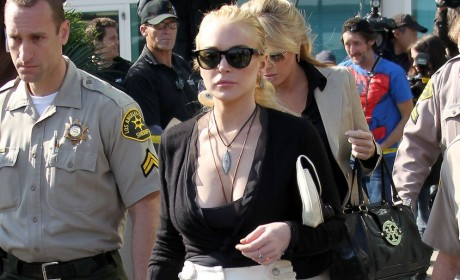 Lindsay Lohan to D.A.: Take Your Plea Bargain and Shove It!