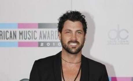 Maksim Chmerkovskiy on Being The Bachelor: Get Me Outta Here!