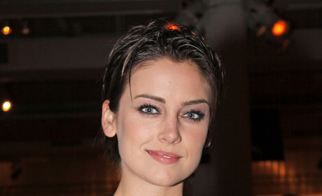 Celebrity Hair Affair: Jessica Stroup