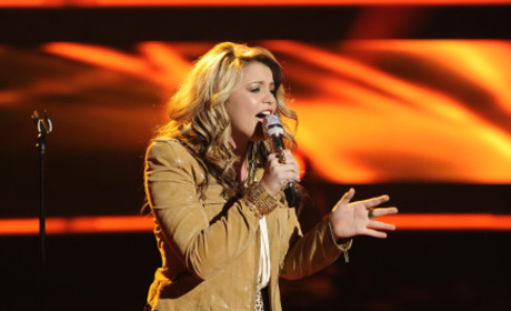 Lauren Alaina Photograph