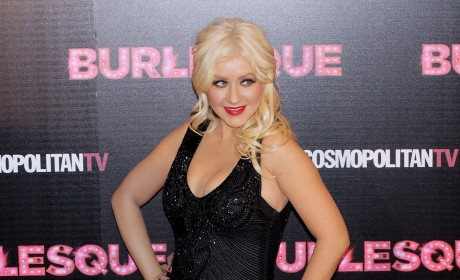 Raunchy Christina Aguilera Photos: On the Way?