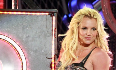 "Britney Spears, Rihanna to Whip Up ""S&M"" Remix"