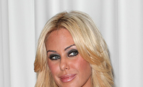 Guy Checks Out Shauna Sand, Joins Ogling Hall of Fame