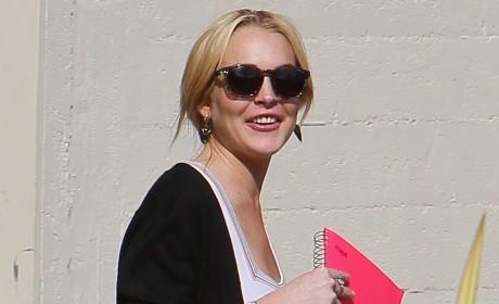 Lindsay Lohan Reconciling with Samantha Ronson?