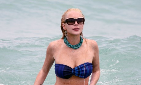 Lohan in Miami, Bikini