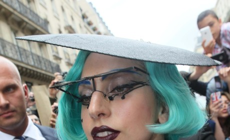 Lady Gaga: Fashionable in France