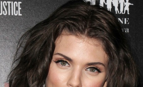 Which color hair do you prefer on AnnaLynne McCord?