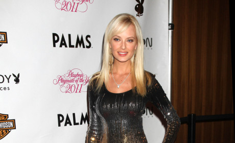 "Shera Bechard Introduced by Hugh Hefner as ""New Girlfriend"""
