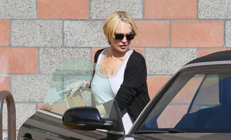 Lindsay Lohan: A Free Woman!
