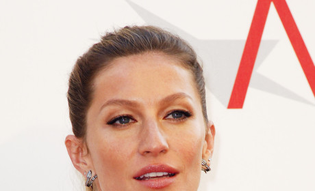 Gisele Bundchen Calls Audible, Denies Pregnancy Rumors