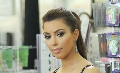 Kim Kardashian 2009 Kalendar Pics