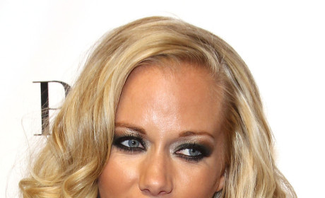 Kendra Wilkinson on Crystal Harris: Cruel Mouth-Runner!