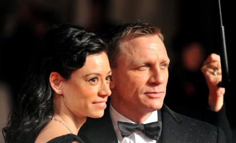 Celebrity Couple Sighting: Daniel Craig and Satsuki Mitchell