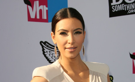 Kim Kardashian Sex Tape Buyer: NOT Kim or Kris!