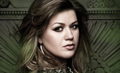 Kelly Clarkson Reveals Release Dates for New Single, Album