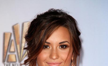 Demi Lovato Honored with ALMA Award
