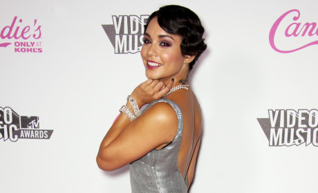 Vanessa Hudgens Red Carpet Pic