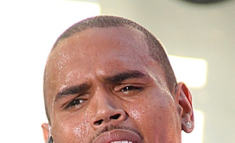 Chris Brown: Making Peeps Sign Confidentiality Agreements at Rihanna B-Day Bash?