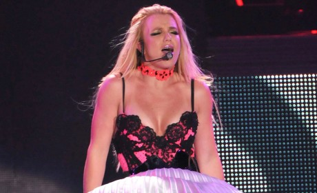 Britney Spears Still Clubbing, Dissing Mom