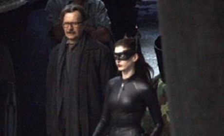 Anne Hathaway as Catwoman: New Pic!