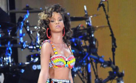 Rihanna, Bikini, Robot