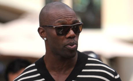 Terrell Owens Cries, Defends Tony Romo
