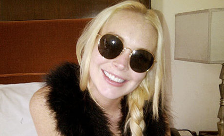 Lindsay Lohan Gets Nasty Teeth Fixed