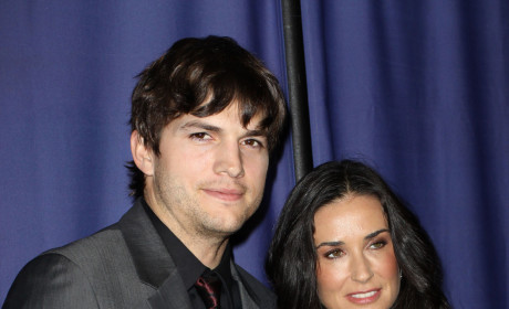 Demi Moore Announces Divorce from Ashton Kutcher