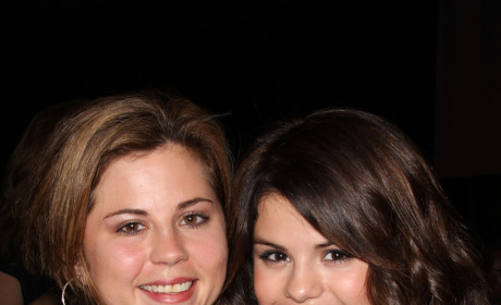 Selena Gomez Sort of Confirms Relationship with Taylor Lautner