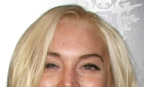 Lindsay Lohan Strung Out, Rumer Willis Very Serious