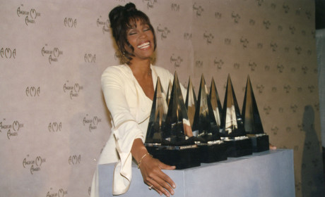 Whitney Houston Memorial Service Off, Funeral Planned for Saturday