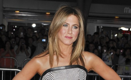 Did Jennifer Aniston Torpedo Nude Scene For Justin Theroux?