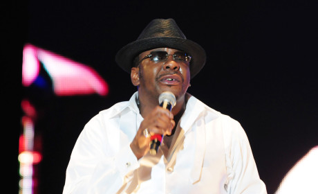 Bobby Brown to Pen Whitney Houston Tell-All?!?