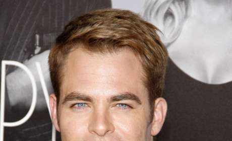 Chris Pine Red Carpet Pic