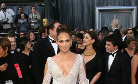 Jennifer Lopez Stylist on Revealing Oscar Dress: No Nip Slips Here!