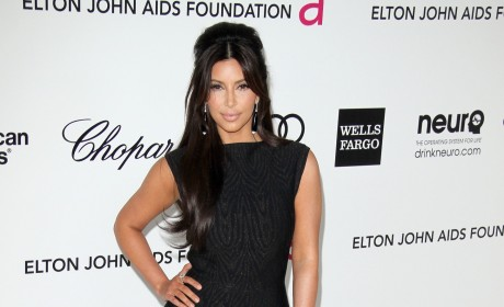 Kim Kardashian Oscar Party Pic