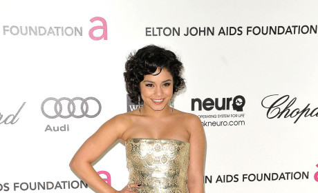 Academy Awards Fashion Face-Off: Vanessa Hudgens vs. Ashley Tisdale
