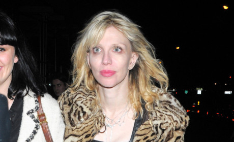 Yikes! Nude Courtney Love Pictures are Real