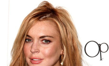 "Lindsay Lohan: ""Nightmare"" on Glee Set?"