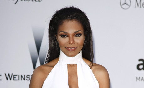 "Janet Jackson Releases Statement on Michael's Will, Slams Executors, ""Relentless"" Negative Publicity"