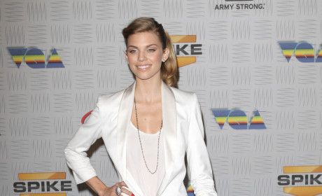 AnnaLynne McCord suited up